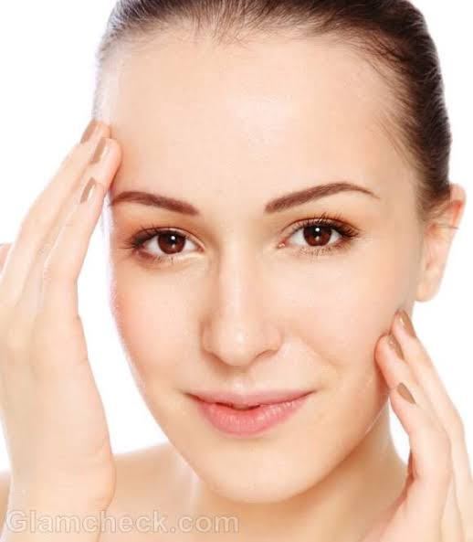 Easy Ways To Get Healthy And Glowing Skin Naturally